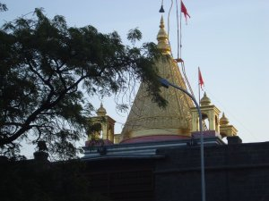 Shirdi_sai_baba's_Smadhi_temple